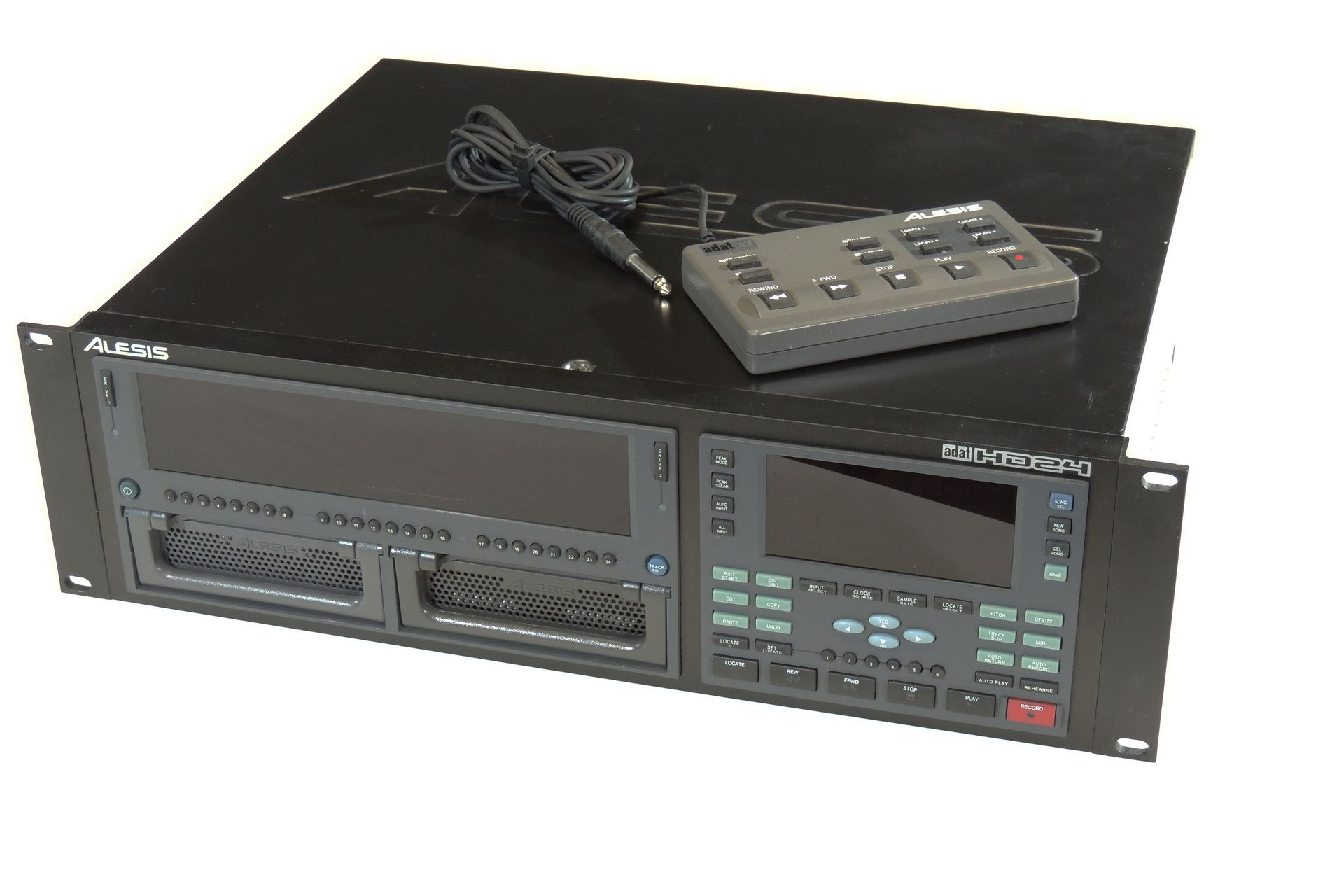 ALESIS HD24 HDD RECORDER
