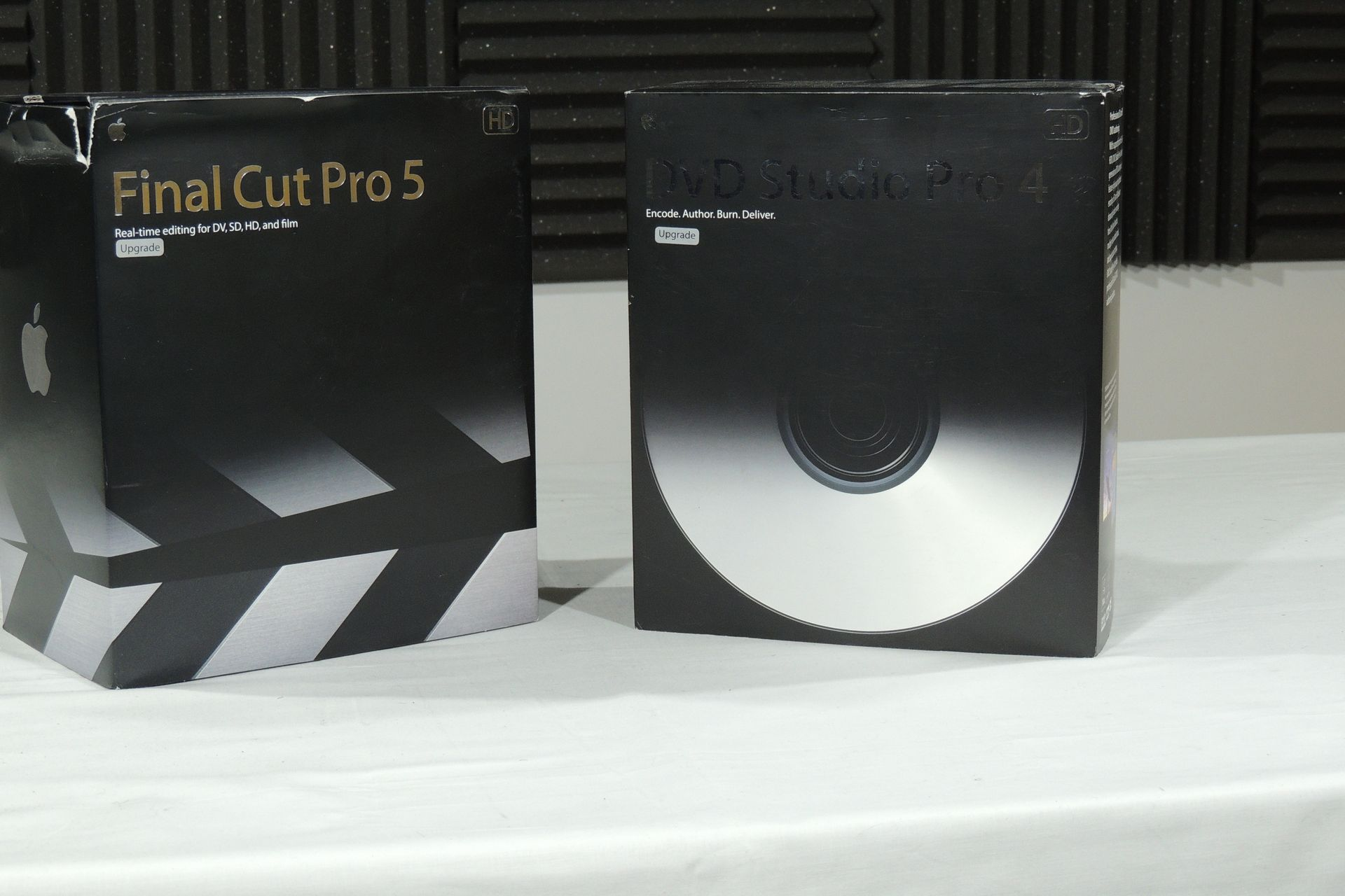 APPLE FINAL CUT PRO 5 & DVD STUDIO PRO 4 UPGRADES