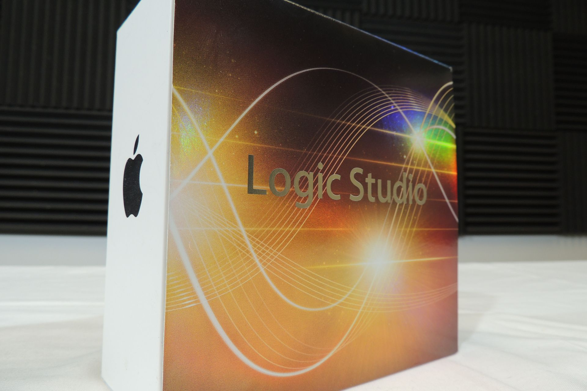 Apple Logic 2.1 for sale at Plasma Music