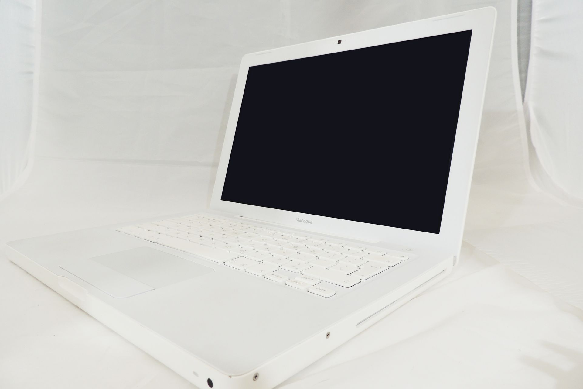 APPLE POWERBOOK 4.1 MODEL A1181 (2008)
