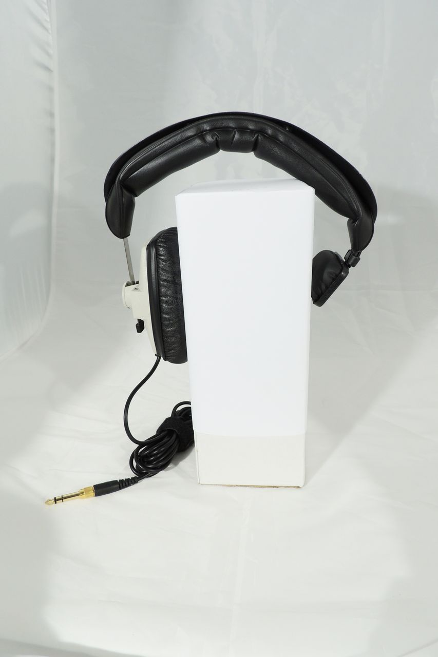 Beyerdynamic DT-102 400 Ohm headphones for sale at Plasma Music