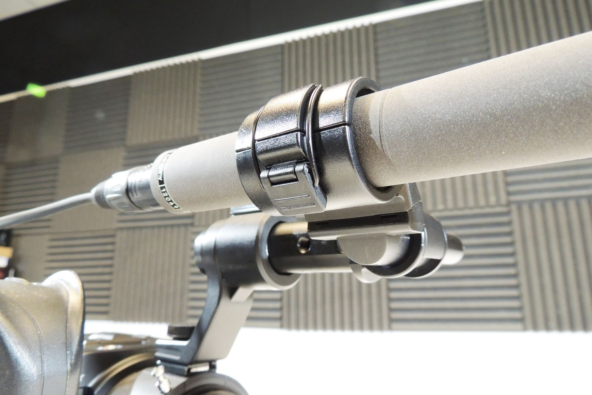 Beyerdynamic MCE-86(N) shorgun condenser microphone for sale at Plasma Music
