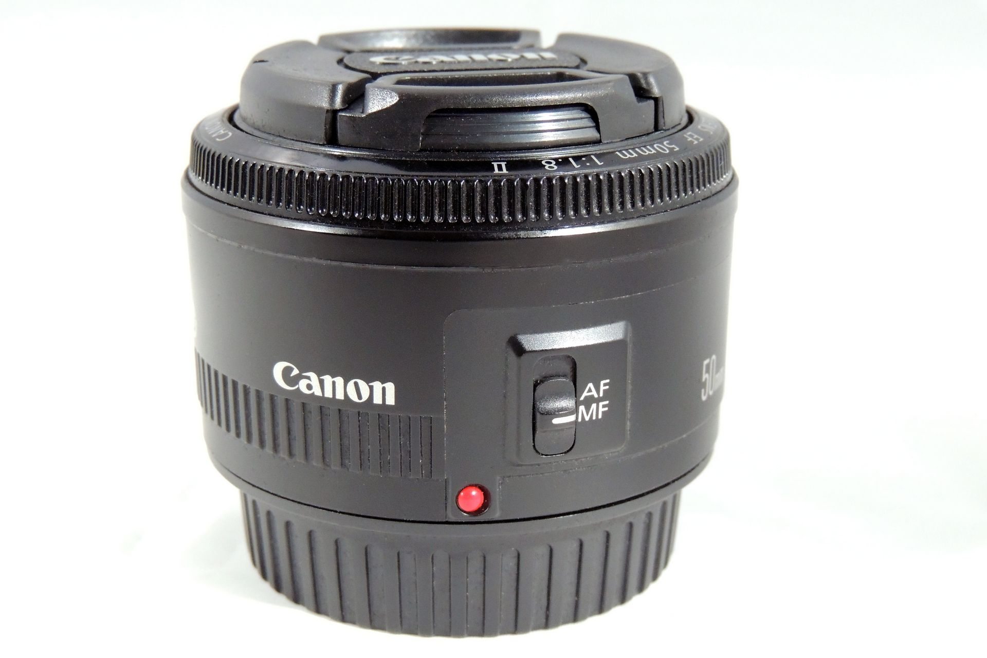 CANON EF 50 mm f/1.8 LENS