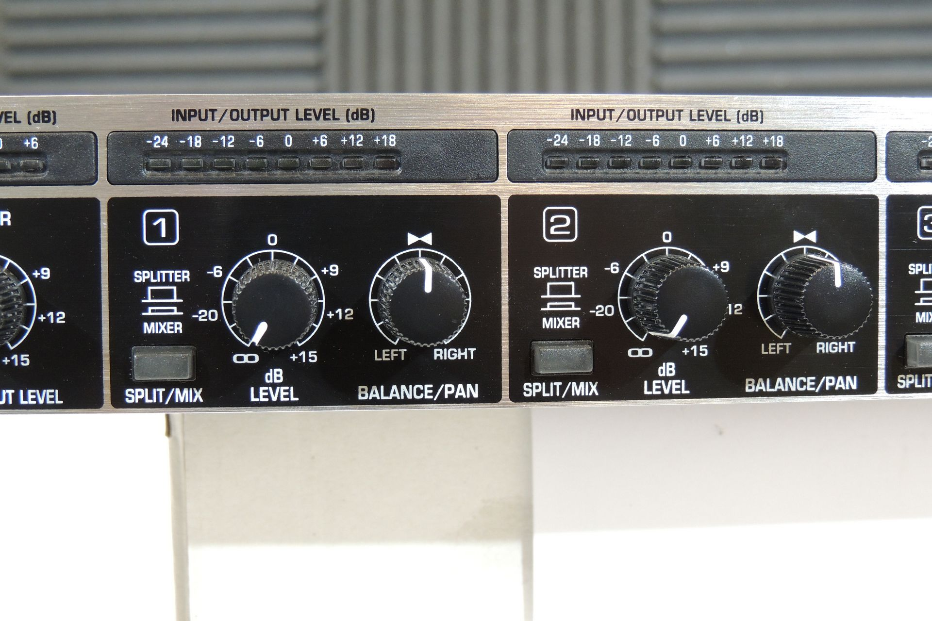 Behringer MX882 8-channel mixer / splitter for sale at Plasma Music