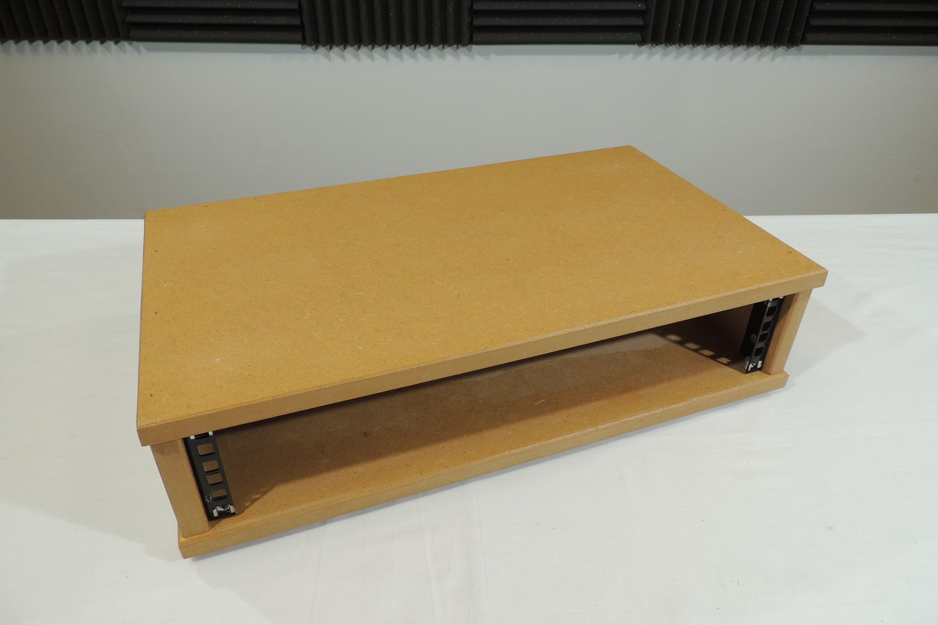MDF 2U 300mm DESKTOP RACK CASE