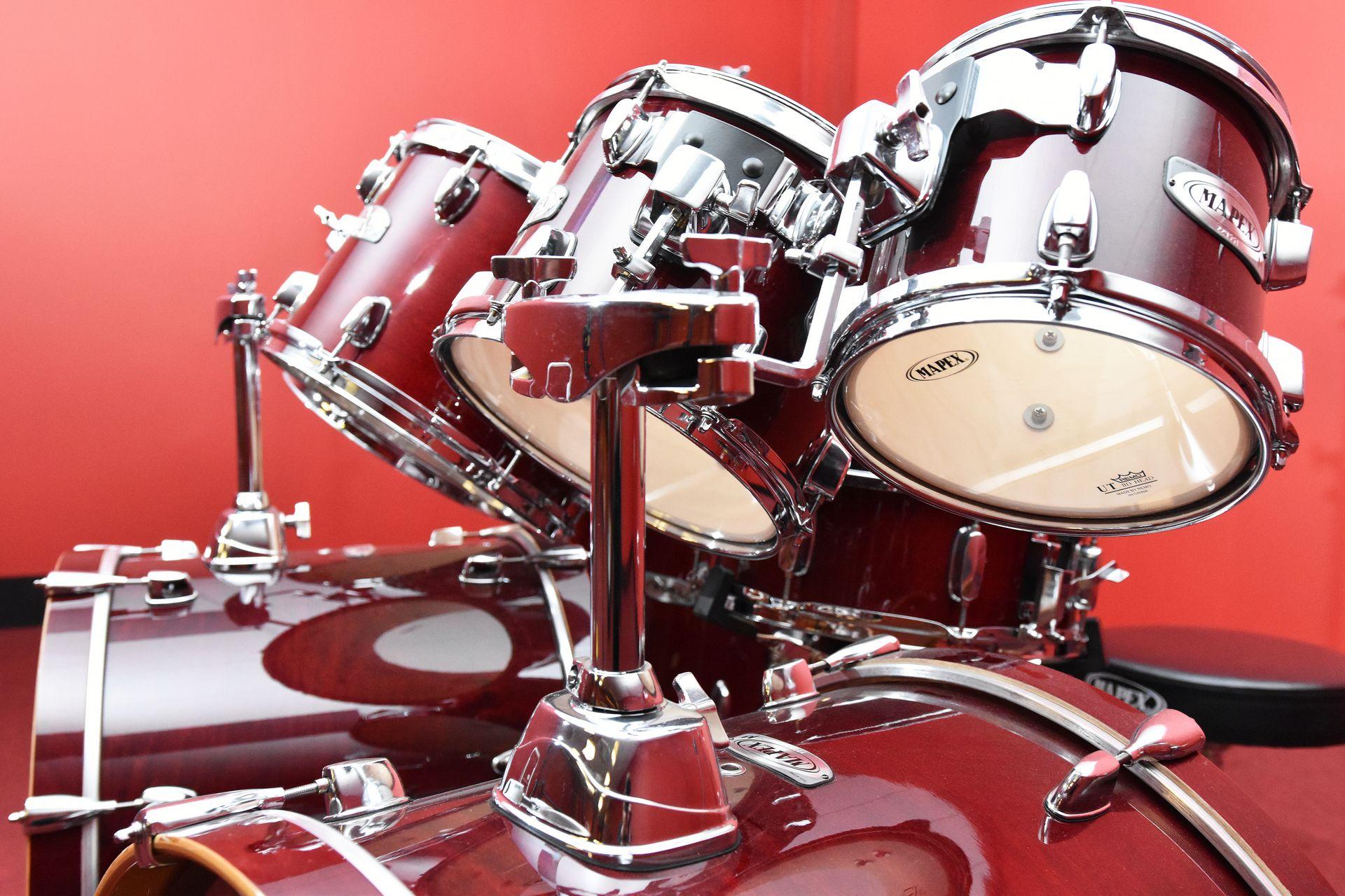 Mapex 9-piece drum kit for sale at Plasma Music