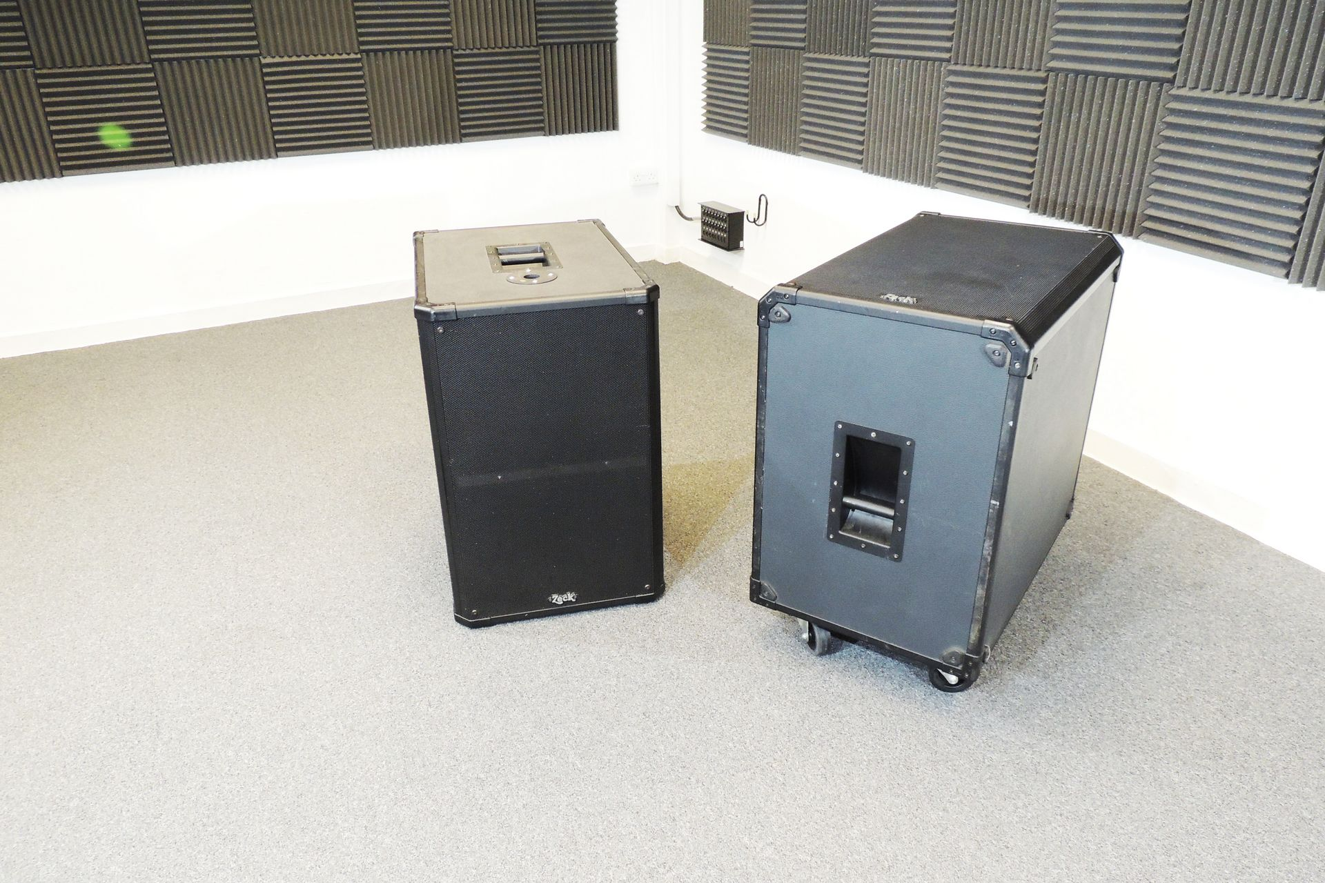 PA system 1.7kW old school analogue for sale at Plasma Music