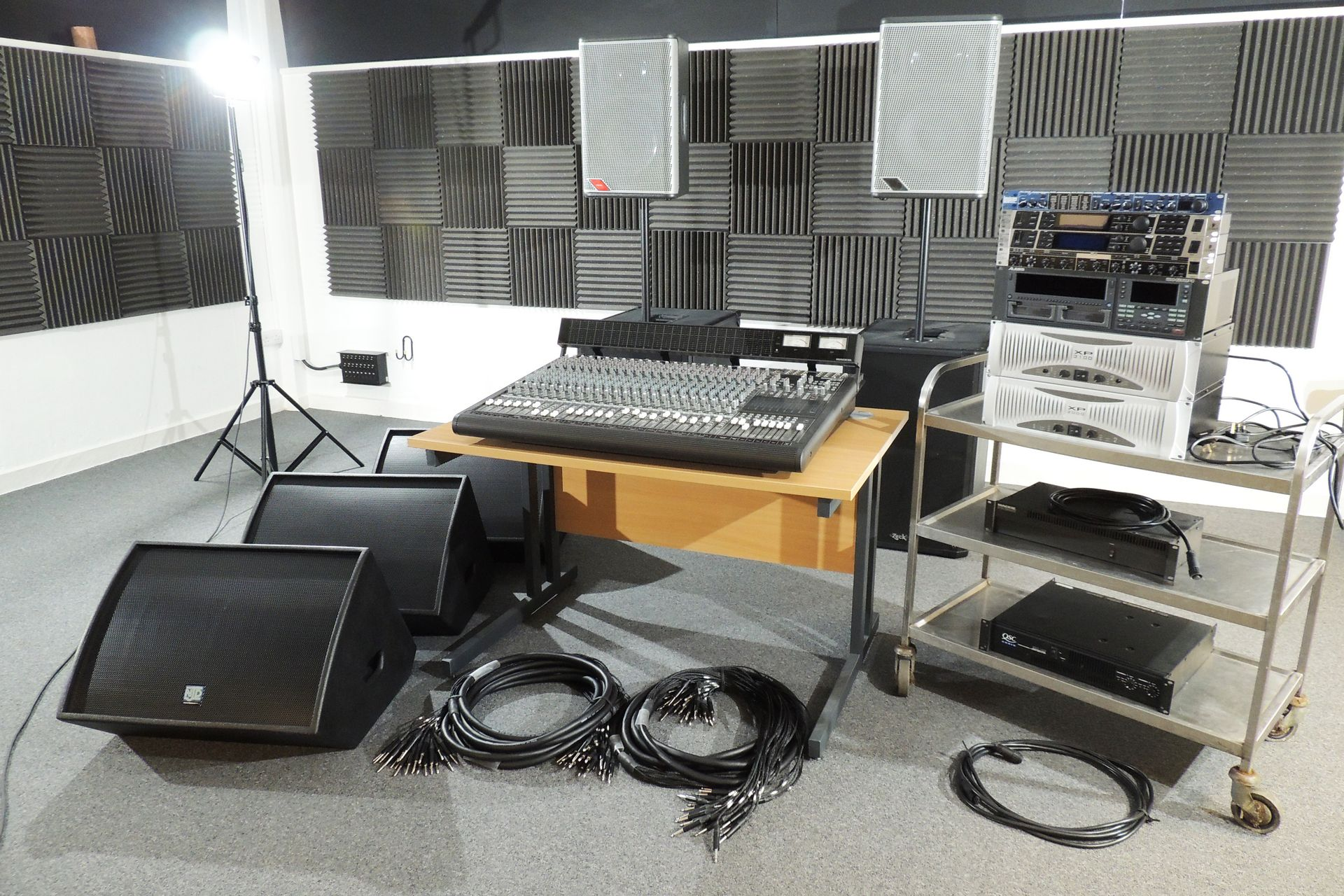 PA SYSTEM – OLD SCHOOL 1.7kW ANALOGUE WITH 24-TRACK RECORDING FACILITY