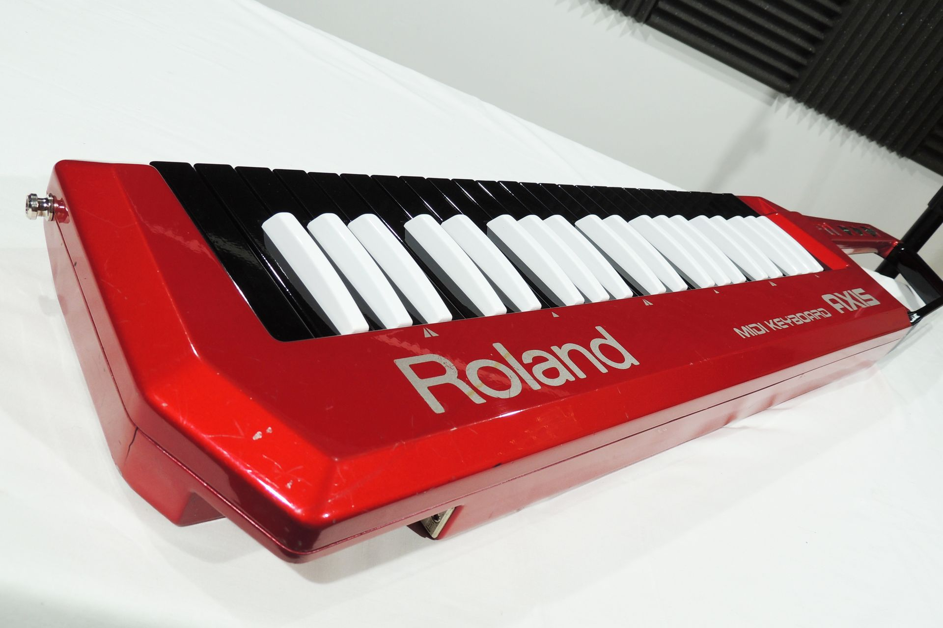 Roland Axis for sale at Plasma Music