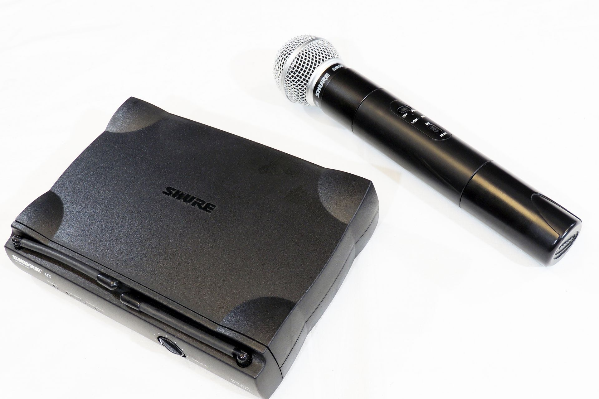 SHURE UT4 AND SM58 WIRELESS MICROPHONE SYSTEM