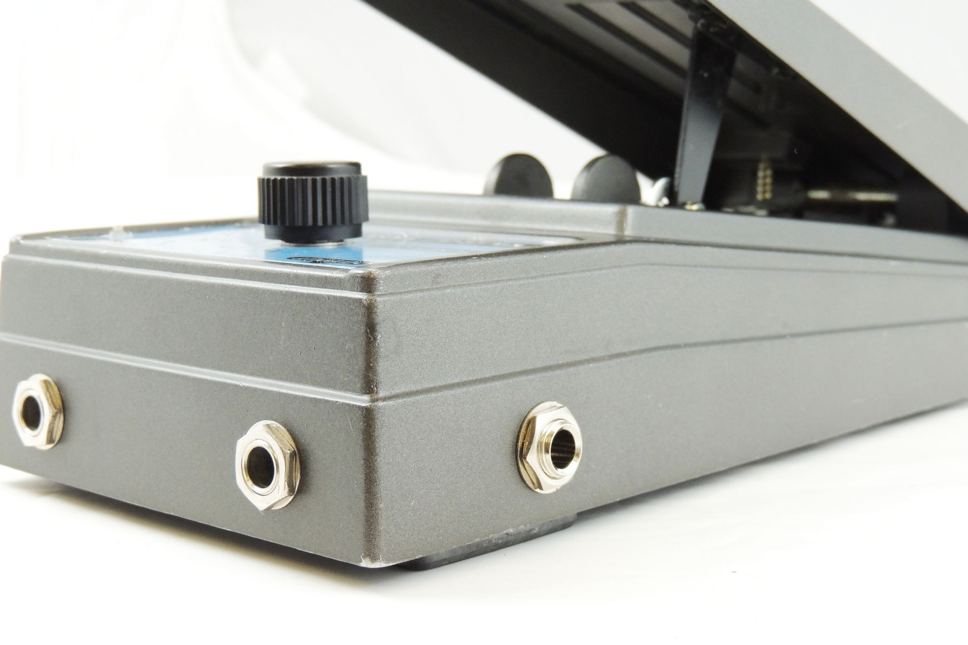 Boss FV-100 volume pedal for sale at Plasma Music