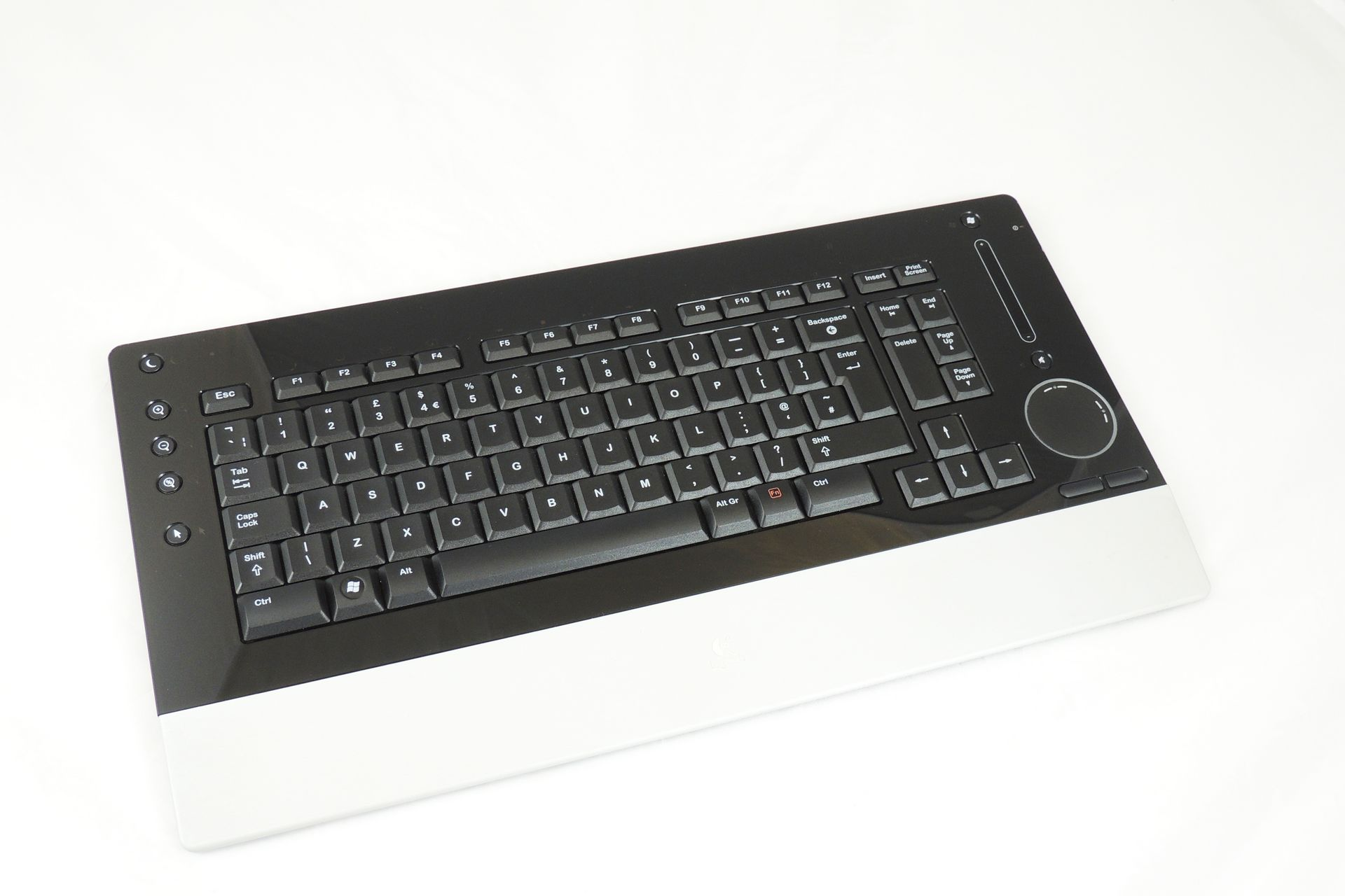 Logitech DiNovo Edge for sale at Plasma Music