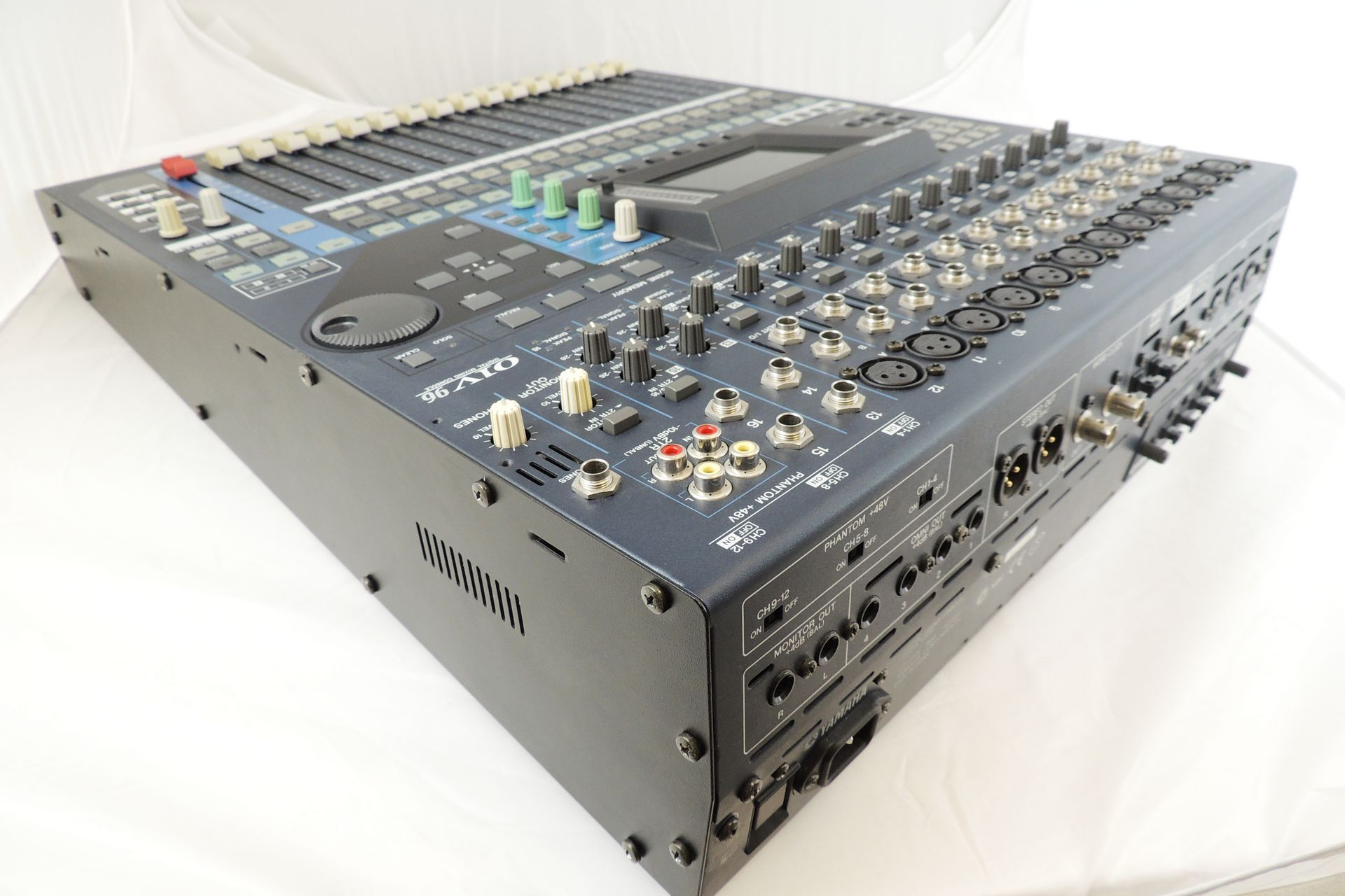 Yamaha 01V96 v2 for sale at Plasma Music
